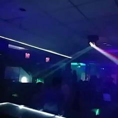 Las mejores rumbas son para ti en @cabanaurbanbar #instagood #instalike #rumba #party #partynight #saturday #like4like #fiesta #amigos #friends #paraguana by puntofijoguiatv