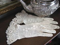 Victorian Lace Tatted Crocheted Gloves