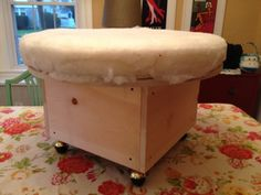 Round ottoman with storage woodworking projects pinterest round ottoman ottoman coverdiy solutioingenieria Images