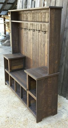 This rustic U bench hall tree offers ample storage for any entryway. This rustic U bench hall tree offers ample storage for any entryway. It's rustic farmhouse style Wooden Pallet Projects, Diy Pallet Furniture, Furniture Projects, Rustic Furniture, Home Furniture, Antique Furniture, Furniture Buyers, Furniture Stores, Cheap Furniture