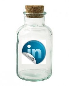 Wanna spice up your LinkedIn account? Here's 12 tips to do so!