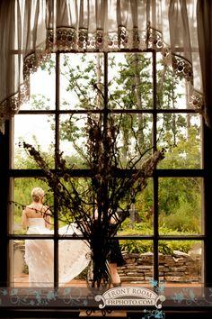 Wisconsin-Texas Wedding – Trista & Alton! » Milwaukee Wedding Photography – Front Room Photography Milwaukee Photographer-bride getting ready-bride arriving-wedding beauty