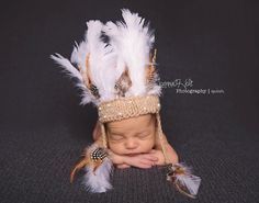 Newborn/3-6 months Indian headdress/Photography by cutecraftsbyida