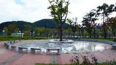 """Harumi Yukutake, Restructure-Busan, 2008  stainless steel mirror installation """"Busan Biennale""""  location; APEC Naru Park, Busan Korea Busan Korea, New Start, Fishing, Stainless Steel, Sun, Park, Mirror, Outdoor Decor, Fresh Start"""