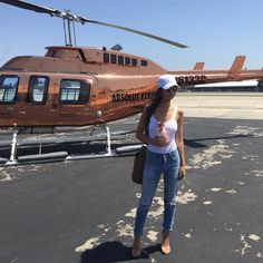 @Mimimendoza1 Luxury Helicopter, Luxury Lifestyle Fashion, Rich Lifestyle, Billionaire Lifestyle, Barcelona, Luxe Life, Rich Kids, Looks Style, Body Image