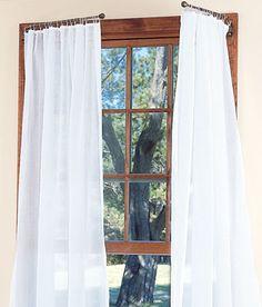 Raccogliere le tende con calamite idee per arredare - Tende per doccia rigide ...