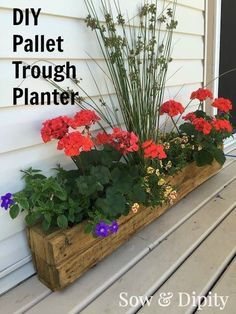 Trough Planter DIY Pallet Trough Planter, this is the EASIEST pallet planter you could make and it's perfect for a small space patio.DIY Pallet Trough Planter, this is the EASIEST pallet planter you could make and it's perfect for a small space patio. Trough Planters, Diy Planters, Garden Planters, Porch Planter, Planter Ideas, Pallet Planters, Balcony Garden, Garden Pallet, Pallet Patio