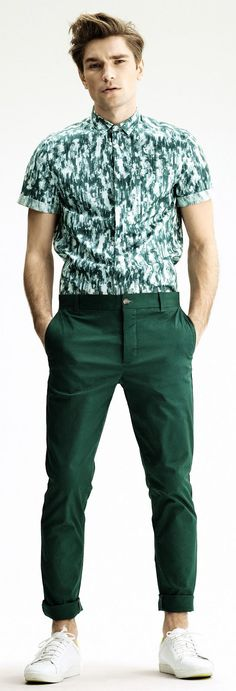 H & M | Green Tones | Men's Fashion | Menswear | Men's Casual Outfit for Summer | Moda Masculina | Shop at designerclothingfans.com