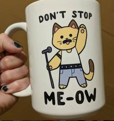 Mugs frases Check out these coffee mugs that you should really buy Queen Band, Queen Meme, Queen Freddie Mercury, Killer Queen, Funny Mugs, Mug Shots, Cool Bands, Geek Stuff, My Favorite Things