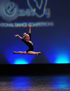 I'm so jealous of Chloe's leaps! She always gets so high in the air and the split in this pic is so perfect!