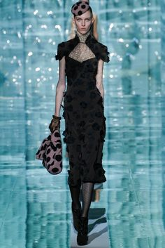 Marc Jacobs Fall 2011 Ready-to-Wear Fashion Show Collection