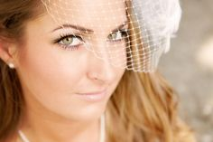Gorgeous wedding photography in Oak Glen Ca by Sadi lane of www.canarylanephotography.com bridal posing and birdcage hair peice for wedding