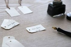 04 Wedding Paper, Usb Flash Drive, Diy And Crafts, Place Card Holders, Party, Weddings, Jewels, Projects To Try, Wedding