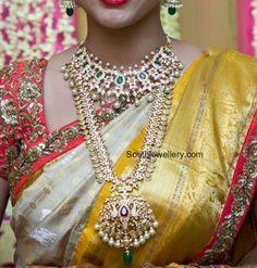 Bride in Pacchi Necklace and Kasu Mala photo