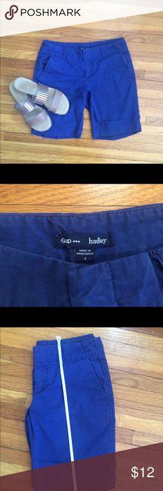Hadley Bermuda shorts from GAP Outlet. Size 1 Blue Bermuda shorts from GAP Outlet. They have 4 pockets and belt loops. GAP Shorts Bermudas
