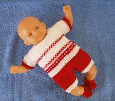 Ensemble au tricot rouge et blanc style norvégien, pour poupon de 30 cm. MCL Poupées, vêtements pour les poupées et les poupons