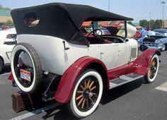 1923 Buick touring car