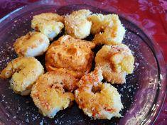 Garnelen in Kokospanade mit Kokosjoghurtsauce und buntem Salat
