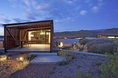 Desert House by Lake | Flato Architects