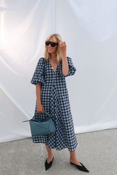 5 Cult Items the Copenhagen Crew Have Been Wearing This Week - - Copenhagen fashion week street style buys: Marie Hindkaer wears Ganni checked dress Source by Street Style Outfits, Look Street Style, Street Style Summer, Edgy Outfits, Grunge Outfits, Fashion Outfits, Fashion Fashion, Runway Fashion, Warm Outfits