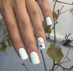 cool 42 Creative DIY Minimalist Nail Art Ideas https://fashioomo.com/2018/04/03/42-creative-diy-minimalist-nail-art-ideas/