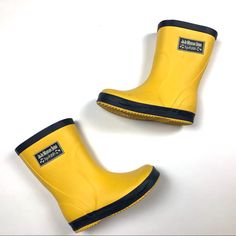 Shop Kids' Jojo Maman Bebe Yellow Blue size Rain & Snow Boots at a discounted price at Poshmark. Description: Yellow rain boots with blue trim. Shows minimal wear, good condition. Yellow Rain Boots, Girls Rain Boots, Rain And Snow Boots, Rubber Rain Boots, Blue Yellow, Color Blue, Hunter Boots, Kids Shop, How To Wear
