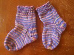 Free Pattern! Toe Up, Heal Flap, Magic Loop Toddler Socks