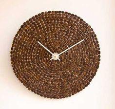 reloj-diy-hecho-con-granos-de-cafe