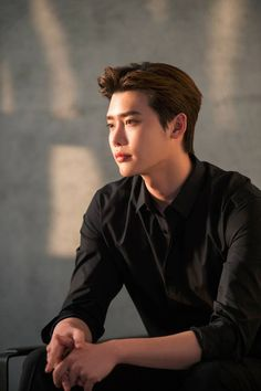 Lee Jong Suk- TOO much hotness I can't take it W Kdrama, Kdrama Actors, Suwon, Jung So Min, Lee Jong Suk Tumblr, Lee Joon, Korean Celebrities, Korean Actors, Asian Actors