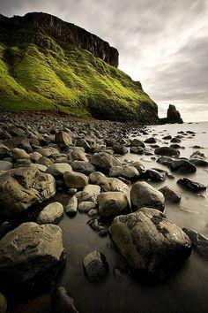 20 photos of Isle of Skye- Talisker Bay, Isle of Skye, Scotland
