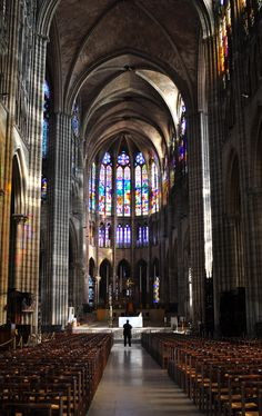 Basilica in Saint-Denis, north of Paris Architecture Cool, Cathedral Architecture, Sacred Architecture, Bride Of Christ, Medieval Art, Place Of Worship, Beautiful Buildings, Religion, Places To Visit
