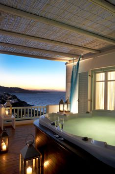 Jacuzzi in mykonos mansions, house styles, outdoor decor, home decor, mansi Jacuzzi, Outdoor Spaces, Outdoor Living, Outdoor Decor, Style At Home, Bedroom Balcony, Bedroom Beach, Up House, Porches