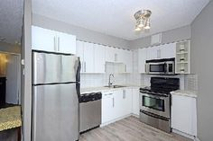 After FREE Home Staging - Queens Quay condo looks great! http://www.syrjateam.com/listings/1524945-250-queens-quay-w-toronto-ontario-c3045801#slideshow