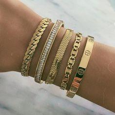 Stylish Jewelry, Cute Jewelry, Jewlery, Diy Jewelry, Pearl Bracelet, Bangle Bracelets, Bohemian Jewellery, Gold Accessories, Or Rose
