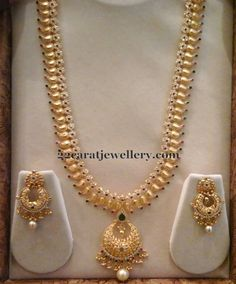 Latest Collection of best Indian Jewellery Designs. Gold Haram Designs, Gold Designs, Gold Jewellery Design, Gold Jewelry, Handmade Jewellery, Gold Bangles, Statement Jewelry, Silver Earrings, Jewelry Accessories