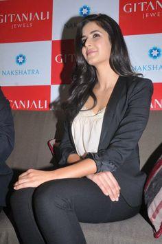 katrina kaif the angel Bollywood Celebrities, Bollywood Fashion, Bollywood Actress, Bollywood Theme, Bollywood Stars, Katrina Kaif Hot Pics, Katrina Kaif Photo, Most Beautiful Indian Actress, Beautiful Actresses