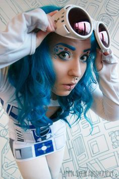 black milk dress, some lovely star wars make up and blue hair, yes, she is miss awesome