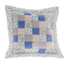 Patchwork povlaky na polštáře MIXFACTORY Throw Pillows, Quilts, Blanket, Home, Scrappy Quilts, Toss Pillows, Cushions, Quilt Sets, Ad Home