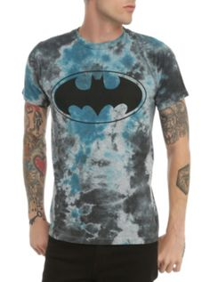 DIY: DC Comics Batman Tie Dye T-Shirt This is too easy to not DIY and pay way less than the price it goes up for.