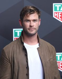 Chris Hemsworth attends the TAG HEUER promotional event in Shanghai April 2019 Hemsworth Brothers, Thor X Loki, Chris Hemsworth Thor, The Mighty Thor, Promotional Events, People Magazine, Hollywood Actor, Male Face, Sexy Men
