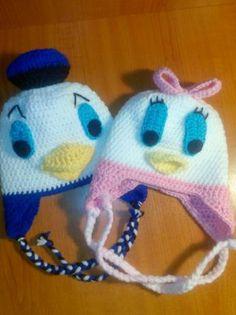 Caciulite crosetate Donald & Daisy Alexandria - imagine 1