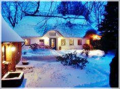 Reetdach-Haus an der Ostsee zu verkaufen@landhausagentur.de