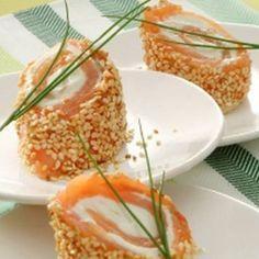 Petites bouchées de saumon aux graines de sésame