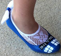 Every bride needs something blue, and who doesn't want their own TARDIS? Let your TARDIS take you down the aisle with the Doctor Who Something Blue TARDIS Wedding Shoes. #DoctorWho #DIYBridalAttire #DIYshoes