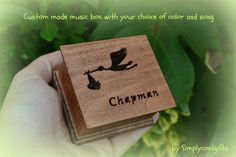 THIS IS A CUSTOM MADE WIND UP MUSIC BOX! IT HAS THE WIND UP KEY ON THE BOTTOM, YOU NEED TO WIND IT UP FIRST, THEN LET IT GO AND IT PLAYS THE SONG OVER AND OVER FOR ABOUT 1-2 MINUTES! If you are interested in HAND CRANK MUSIC BOXES please visit my shop sections here for prices and design: https://www.etsy.com/shop/Simplycoolgifts?section_id=14288340  Originally these wind up music boxes are permanently sealed shut but for an extra $6 you can request an open lid upon purhasing! This post…