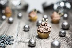 (Mini) Silvester Cupcakes Tolle Cupcakes, Mini Cupcakes, Foodblogger, Snacks, Muffin, Sweets, Desserts, Vanilla, Treats