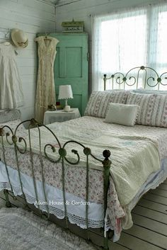 iron bed. | guest room