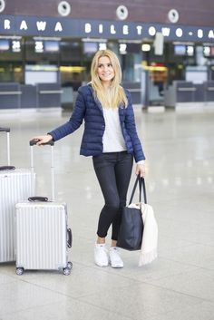 LOOK OF THE DAY – TRAVEL TIPS