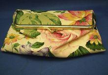 Oscar De La Renta Floral Makeup Bag Mirror Top
