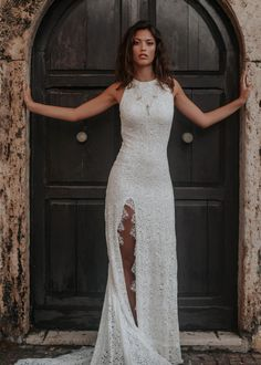 best mermaid wedding dresses ideas for your special day 66 Cocktail Dresses With Sleeves, V Neck Cocktail Dress, Elegant Wedding, Dream Wedding, Wedding Wall, Boho Wedding, Cowgirl Wedding, Minimalist Beauty, Different Dresses